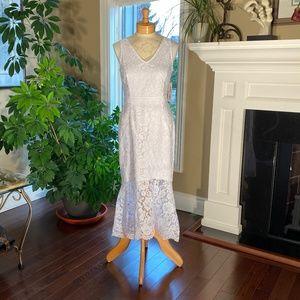 NWT - Nanette Lepore V-Neck Sleeveless Lace Dress